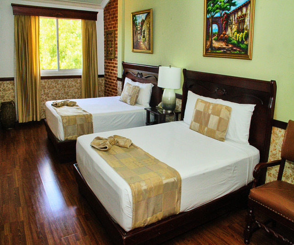 Double Deluxe Room located in Santiago, Dominican Republic at the Platino Hotel & Casino
